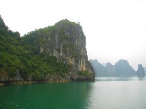 Detalhe da paisagem na baía. O verde mais intenso eu só consegui usando um filtro para avivar as cores.
