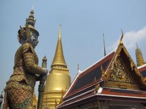O lindo Wat Phra Kaew