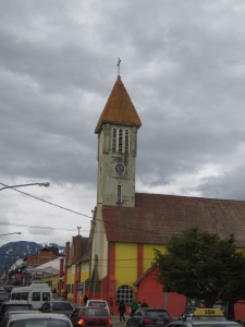A Iglesia de la Merced na movimentada Avenida San Martín