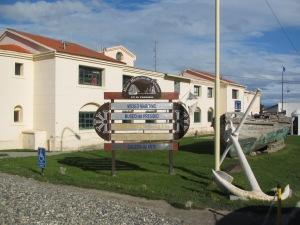 A entrada dos Museo Marítimo e Museo del Presidio