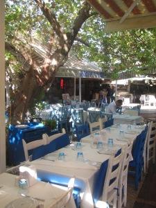 Mercado de peixes de Fethiye, onde há alguns restaurantes
