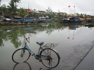 O rio Thu Bon, onde ficava o porto de Hoi An