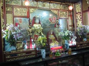 Altar dedicado a Thien Hau na Congregação de Fujian