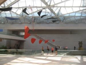 Interior da ala moderna da Galeria Nacional de Arte