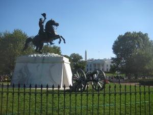 Lafayette Sq com a Casa Branca ao fundo