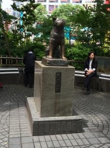 Estátuta do cão akita Hachiko, em Shibuya